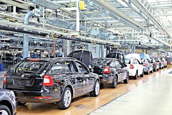 فروش مطلوب خودروسازان  باوجود کمبود تراشه