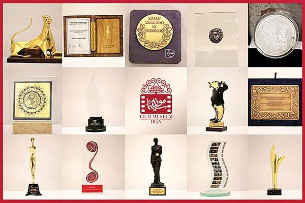 اضافه شدن جوایز عباس کیارستمی به موزه سینما