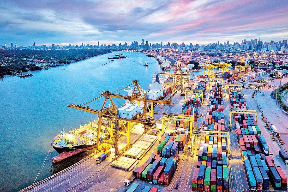 سایه تردید بر تجارت ایران