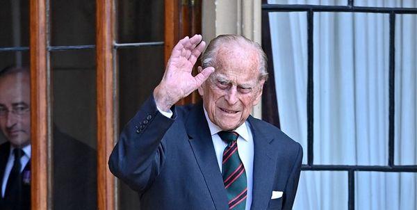 همسر ملکه انگلیس به بیمارستان منتقل شد