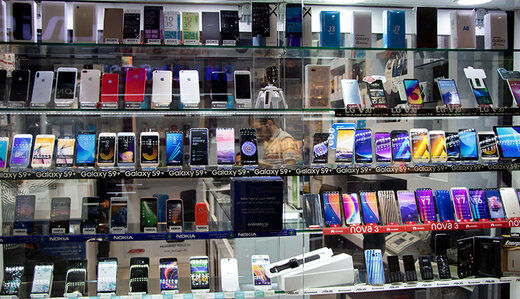 بازار در ماههای آینده دچار کمبود گوشی موبایل میشود؟