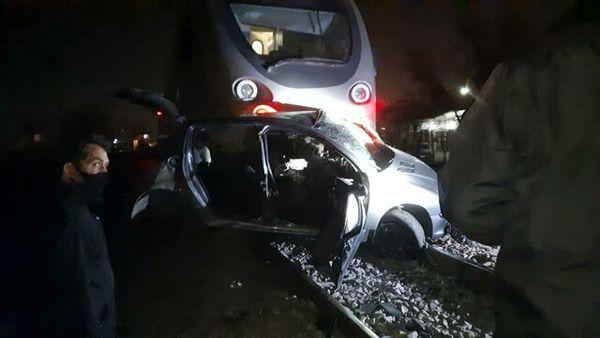 برخورد مرگبار قطار مسافربری با خودرو!+ تصاویر