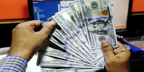 اندازه شکاف دلار آزاد و سنا نصف اندازه شکاف یورو است