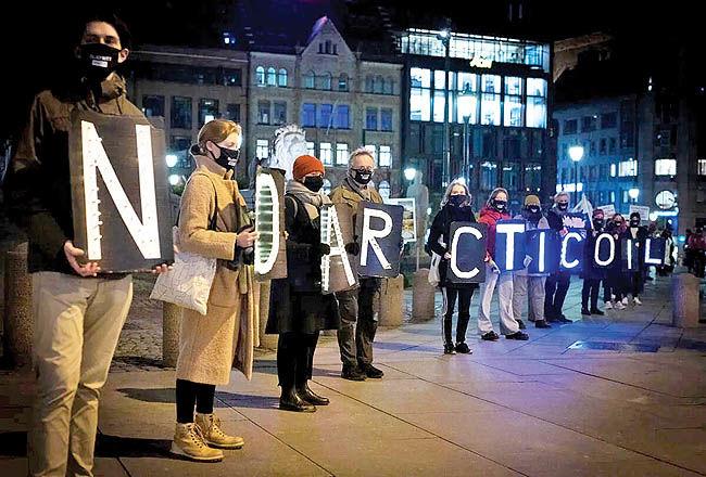 شکست قضایی گروههای اقلیمی در برابر صنعت نفت