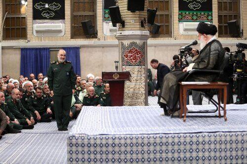 پیام فرمانده کل سپاه به رهبر انقلاب