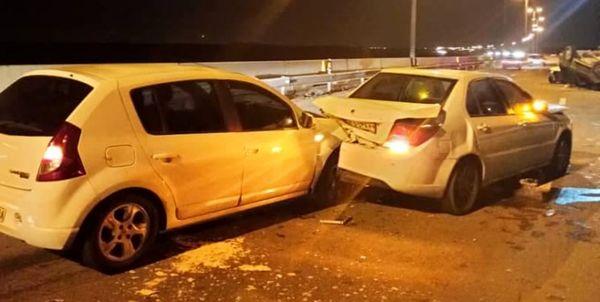 تصادف زنجیره ای در اتوبان قم-تهران با ۱۵ مصدوم