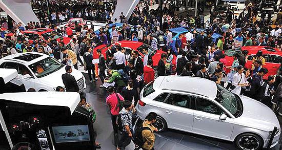 لغو نمایشگاههای خودرویی جهان
