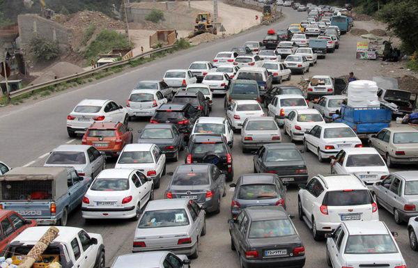 ترافیک سنگین در برخی مقاطع جاده چالوس
