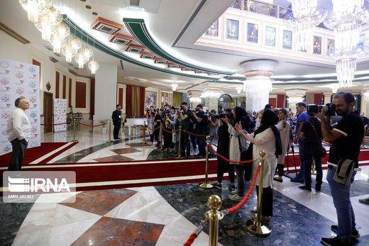 مراسم فرش قرمز جشنواره فیلم «سینماتورز» در جزیره کیش