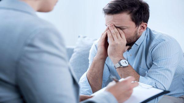۱۰ نشانه افسردگی که باورکردنی نیست
