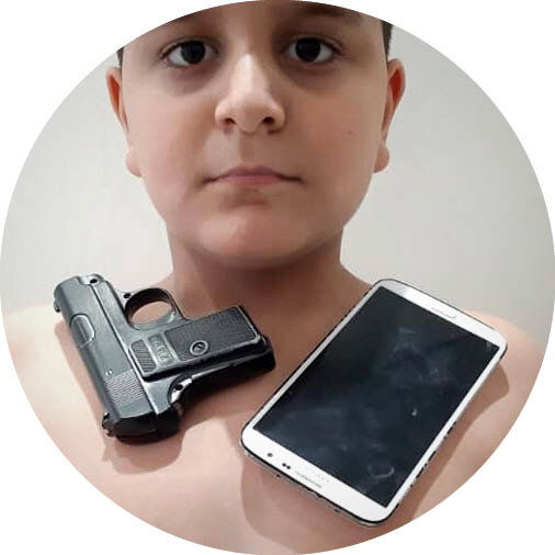آهنربایی شدن بدن پس از تزریق واکسن کرونا صحت دارد؟