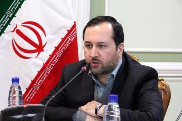 موافق وزیر پیشنهادی صمت: رزم حسینی پشت میزنشین نیست و وارد میدان عمل میشود