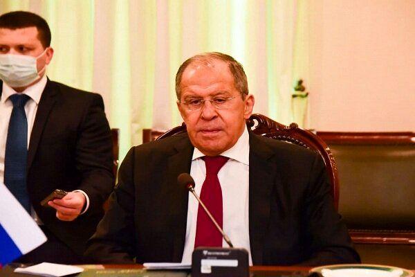 لاوروف: آمریکا موضع احمقانهای را مقابل روسیه در پیش گرفته است