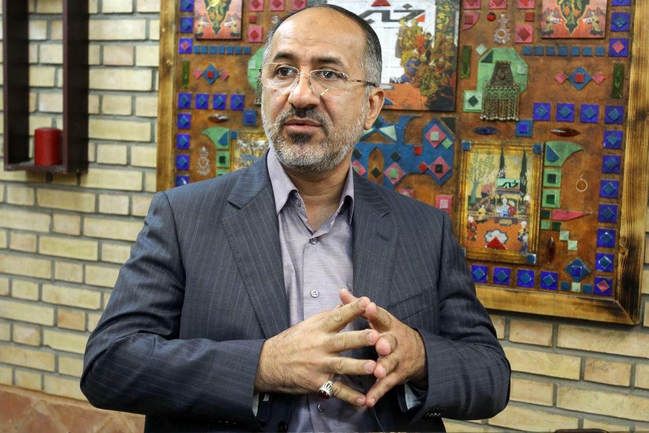 ابراهیمیان: بازنگری قانون اساسی مهم است نه انتخابات ریاست جمهوری