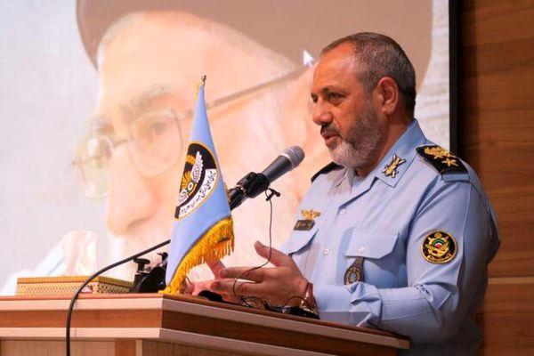 امیر نصیرزاده: خلبانان نیروی هوایی باید در مسیر تولید علم و امنیت کشور قدم بردارند