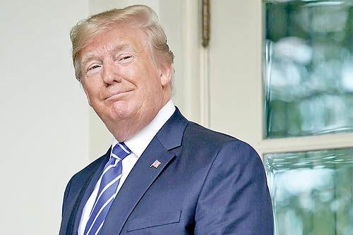 دیکتاتور در کاخ سفید