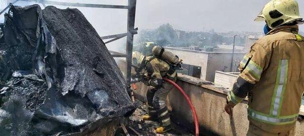 آتشسوزی در یک ساختمان اداری-تجاری در میدان حر