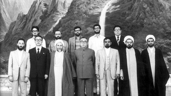 تصویری از سفر حسن روحانی و آیتالله محمد یزدی به کره شمالی در سال 60