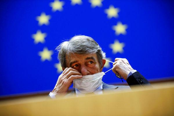 پارلمان اروپا: اتحادیه اروپا باید پذیرای پناهجویان افغان باشد