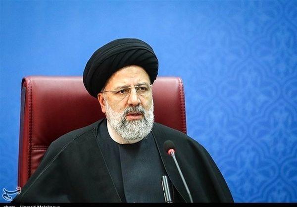 رئیسی: منزل من 140 متر است/ خودروی شخصی ندارم ولی همسرم یک خودروی ایرانی دارد