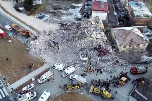 آخرین آمار کشته شدگان در زلزله ازمیر ترکیه