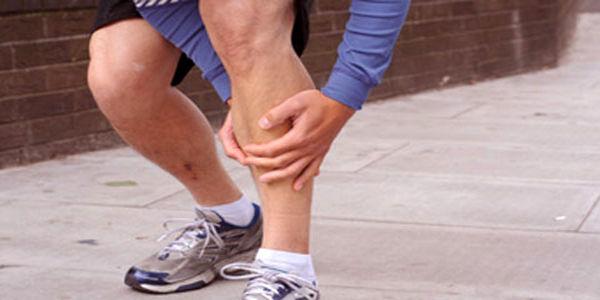 این علامت ساده اما خطرناک را در پاهایتان جدی بگیرید