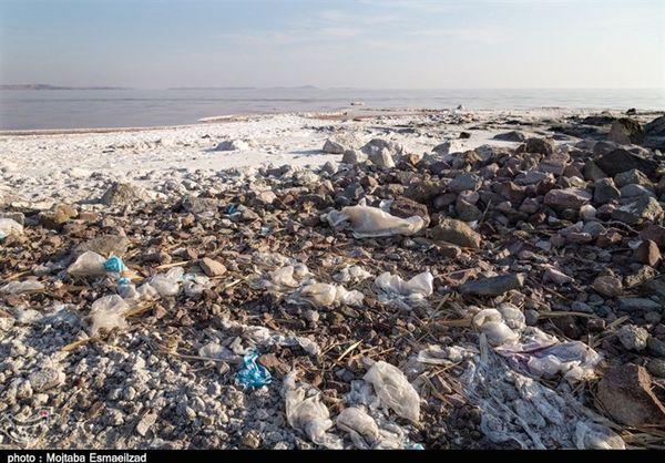 اقداماتی که دریاچه ارومیه را غیرقابل دیدن کرد + عکس