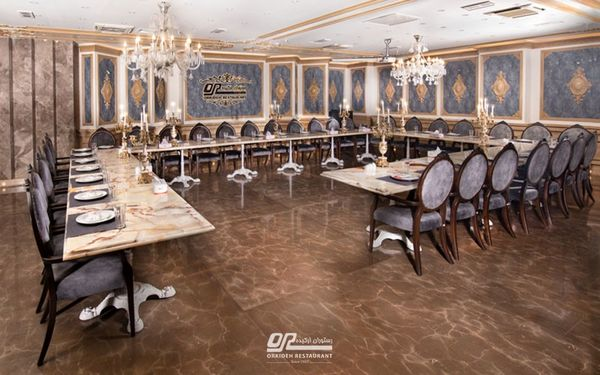 بهترین رستوران برای برگزاری مراسم پایان سال کاری کجاست؟
