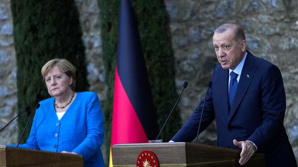 اختلافات مرکل و اردوغان در یک نشست خبری!