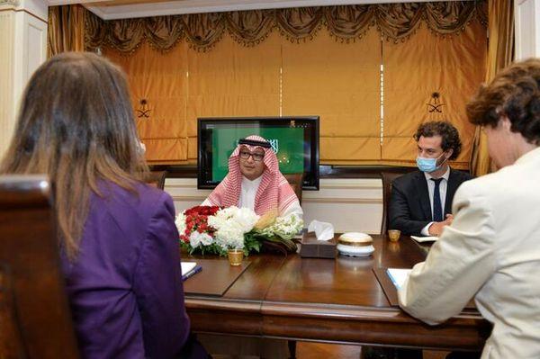 دیدار آمریکا، فرانسه، عربستان برای بررسی اوضاع لبنان