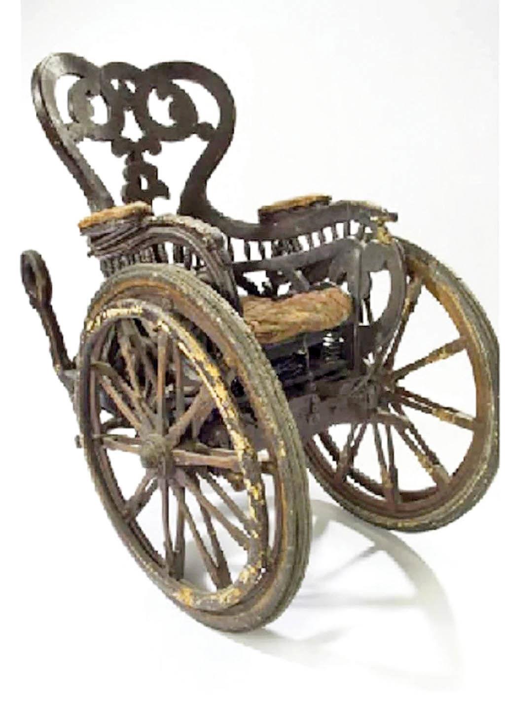 صندلی چرخدار  در گذر زمان