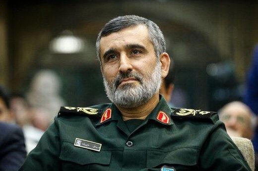 سردار حاجی زاده: مبارزه ایران با شیطان بزرگ ادامه دارد