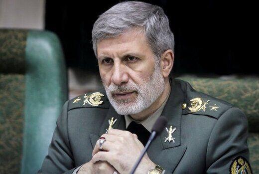 وزیر دفاع امروز به خانه اکبر ترکان رفت