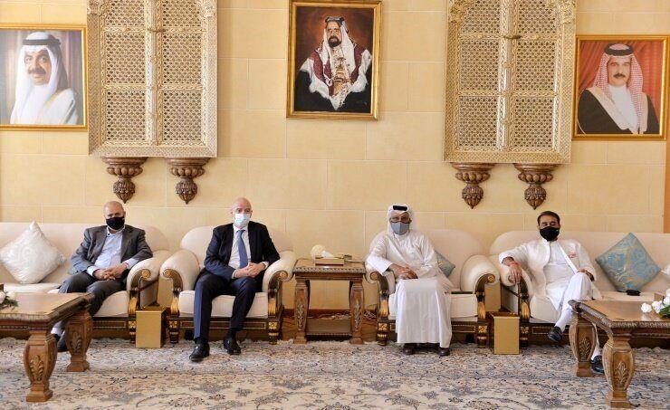 ملاقات مهدی تاج با اینفانتینو و شیخ سلمان در بحرین/عکس