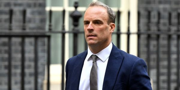 انگلیس سفیر چین را احضار کرد