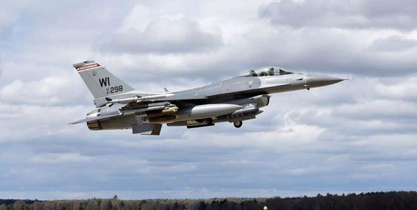 سقوط یک فروند جنگنده «اف-16» آمریکا در میشیگان