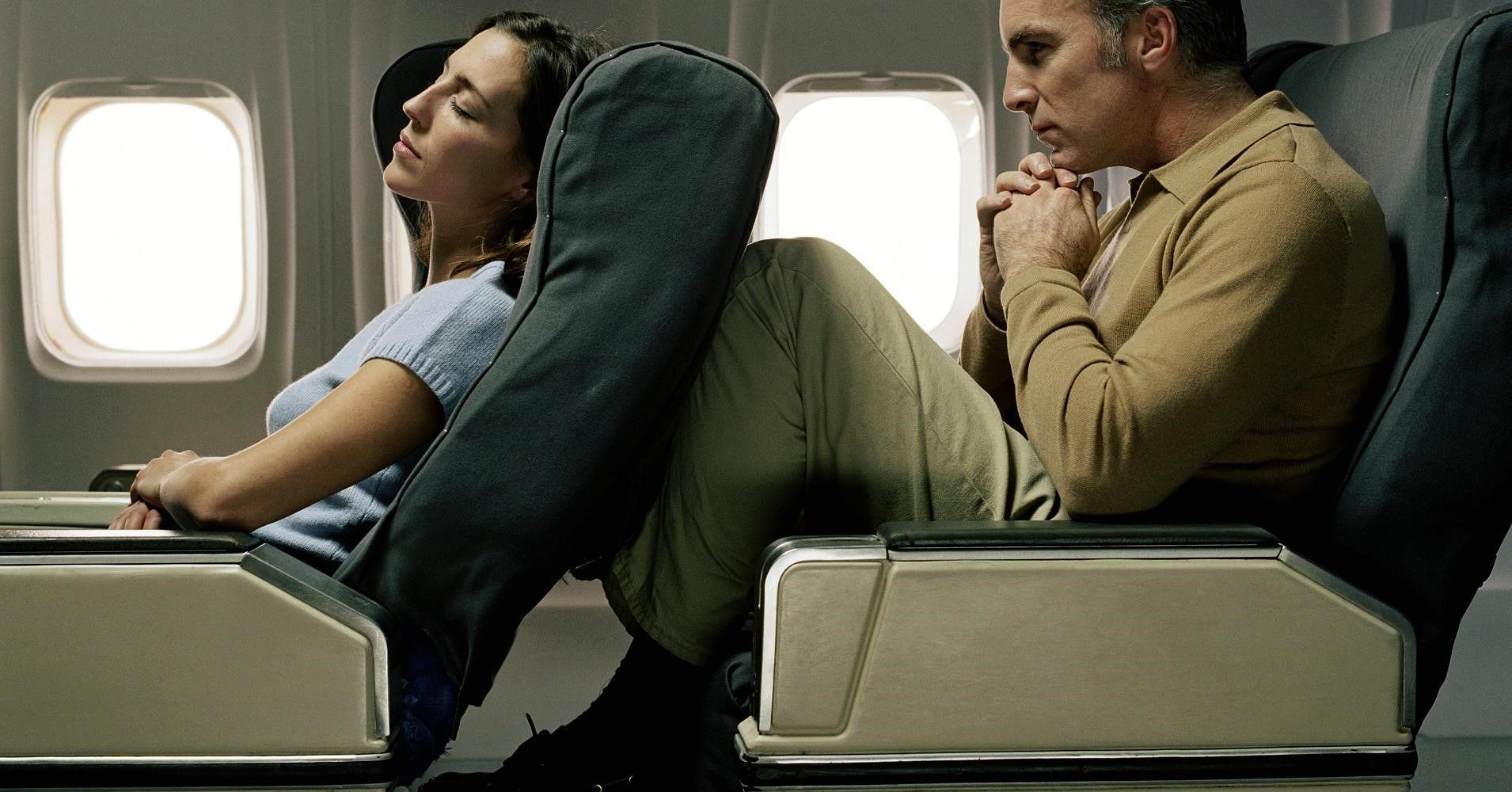 آدابی که در هواپیما بایستی رعایت کرد